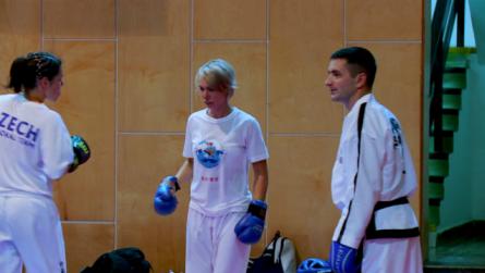Taekwondo_21avoidStraighthand.0003