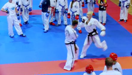 Taekwondo_26tylnarekadwitponowienie.0001